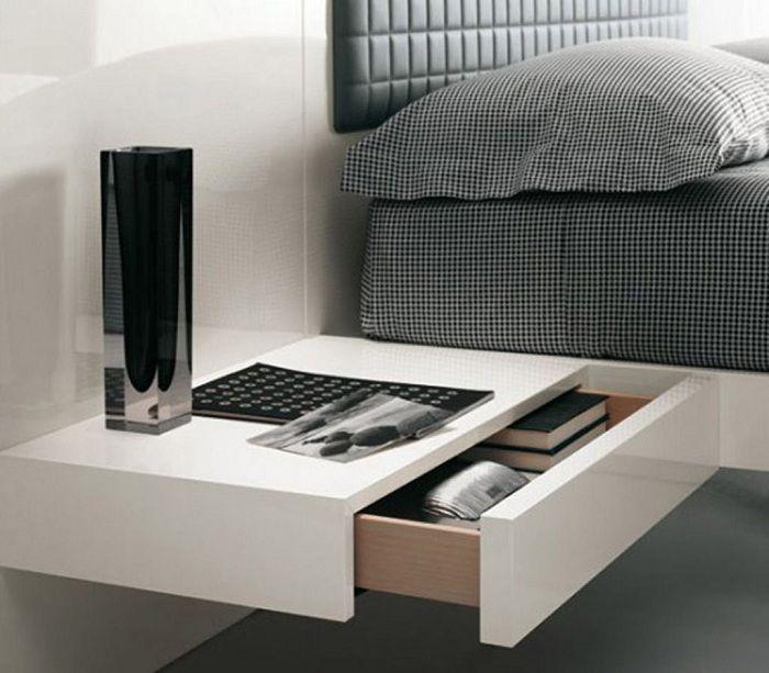Den originale lette nattbordshyllen, som vil være den beste løsningen for interiøret.