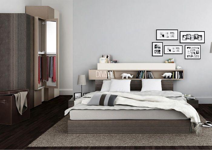 En flott løsning for å dekorere plassen i hodet på sengen ved hjelp av en hylle, som vil være en gudegave.