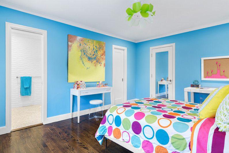 Couleur bleue à l'intérieur de la chambre