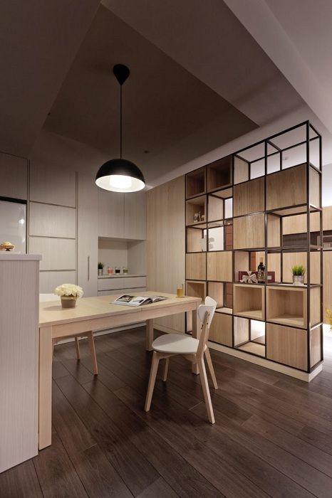 Jó példa arra, hogy miként lehet hűvös belső teret létrehozni a hely megfelelő elrendezésének köszönhetően.