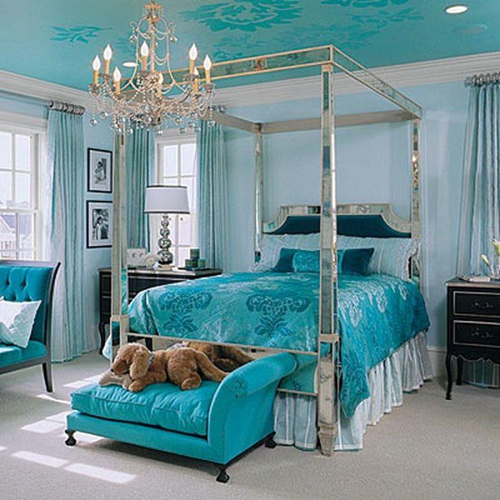 Яркие различные оттенки позволяет создать красивую комнату для сна.