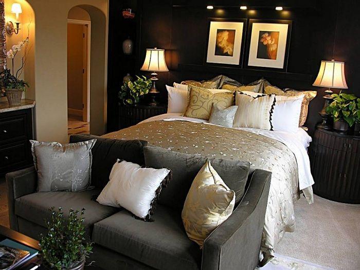Возможно оформить интерьер комнаты сочетая женственный и мужественным стилем одновременно.