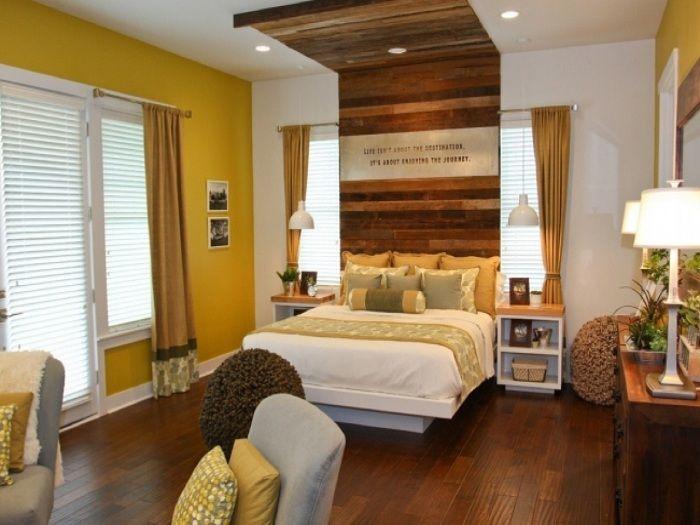 Если правильно украсить изголовье кровати, то получится создать интересную спальню.