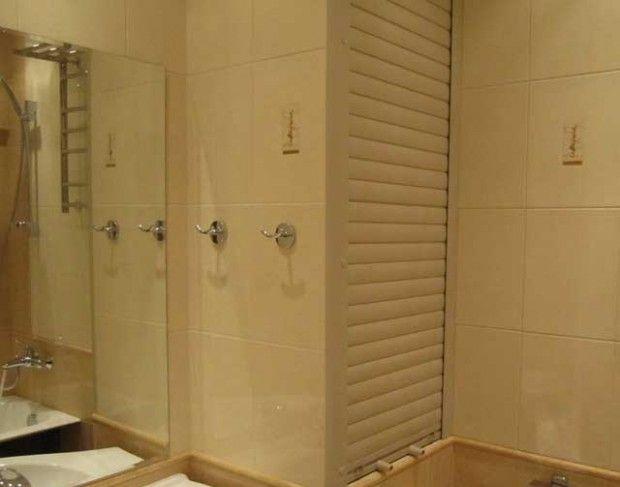 Jak ukryć rury w łazience bez mocowania ich do ściany?