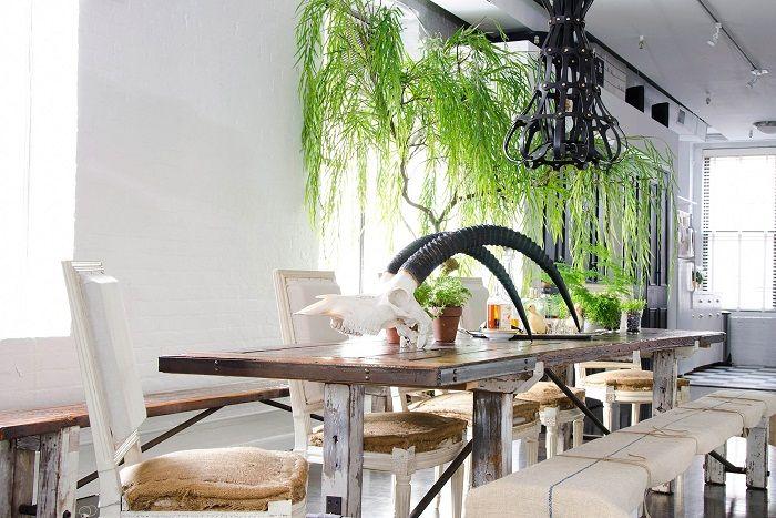Интересна обстановка може да се създаде благодарение на зашеметяващия дизайн на мини градината у дома.