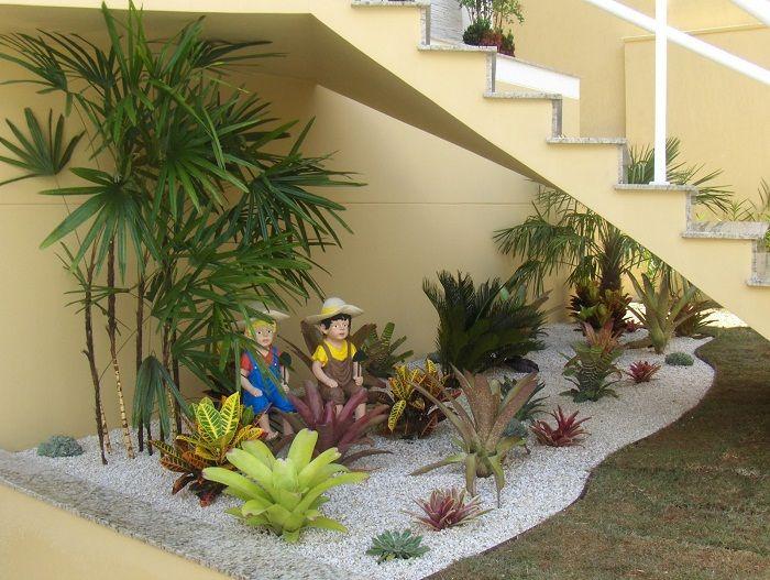 Отлично решение за създаване на мини градина в къщата, която бързо и много осезаемо ще преобрази интериора.