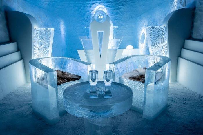Icehotel 365 - ледяной отель в Швеции в 200 км от полярного круга.