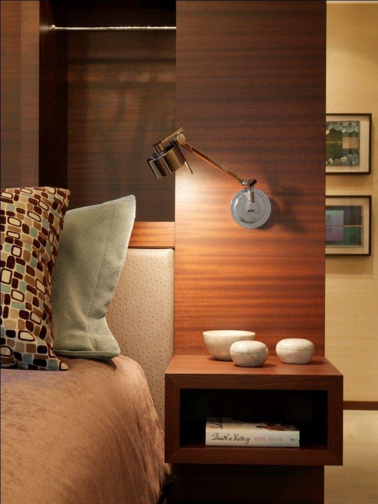 Настенный светильник в интерьере помещения