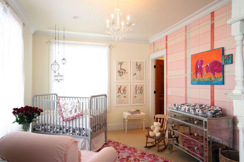 Бесподобная люстра в интерьере детской комнаты