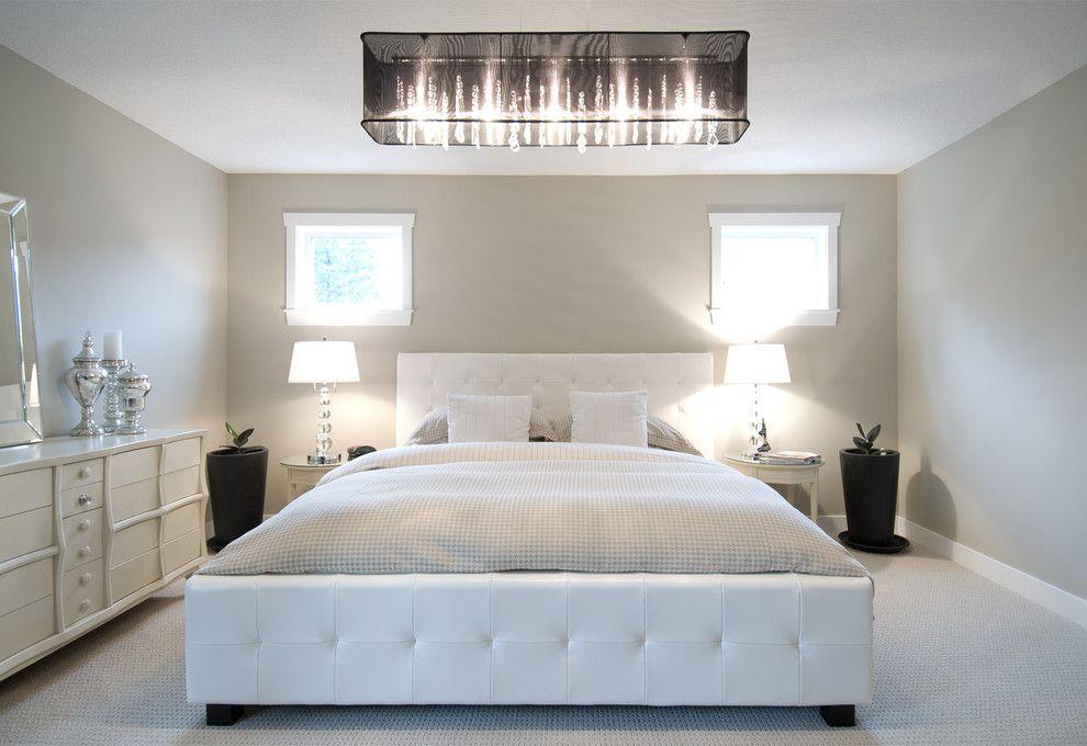 Потолочный светильник в интерьере спальни