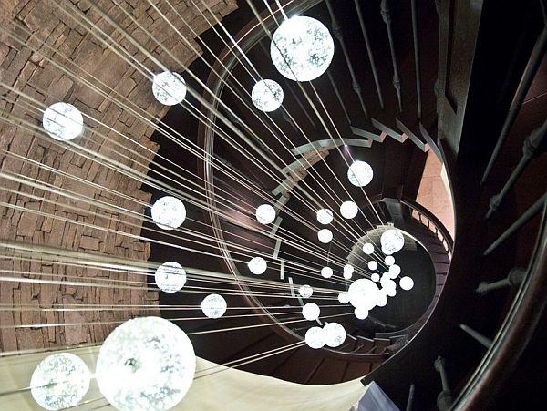 Каскадные люстры: 34 фото примера для интерьера