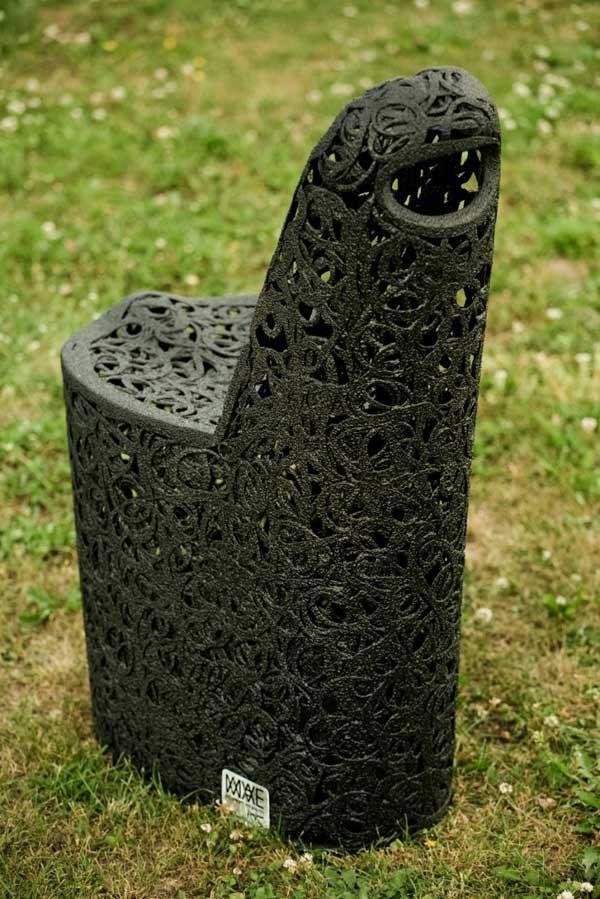 Бесподобное кресло из базальта