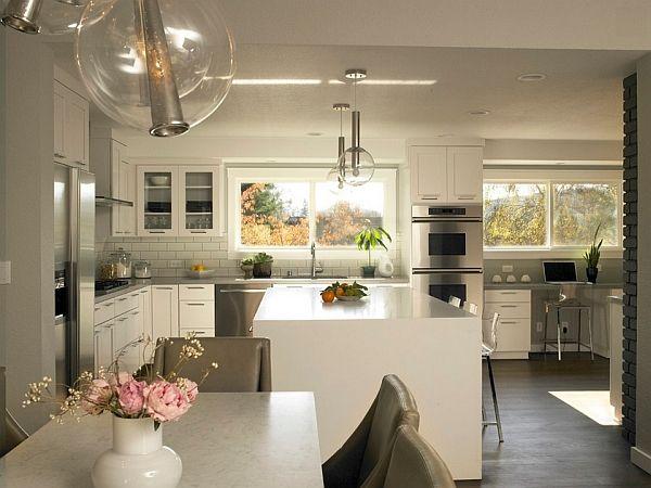 Stilig moderne kjøkken-spisestue