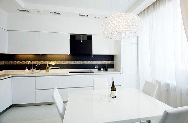 Бяла минималистична кухня