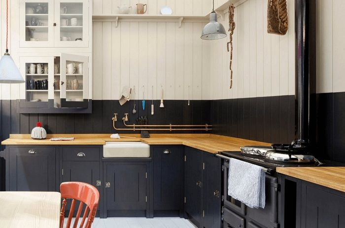 Une option merveilleuse et très cool pour décorer une cuisine dans une couleur noire élégante qui impressionnera.