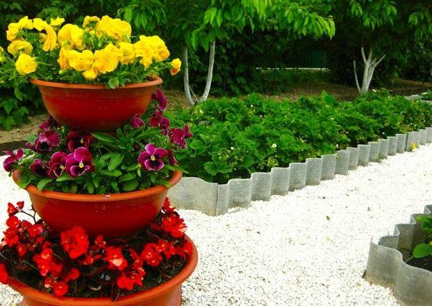 Вертикални цветни лехи