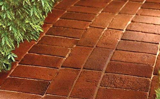 Landsvei laget av murstein