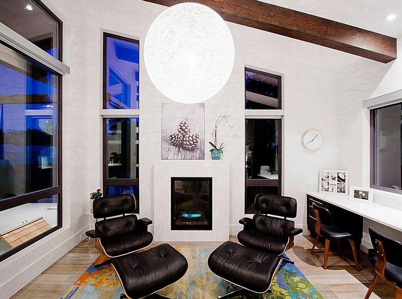 Stor rund lampe i interiøret