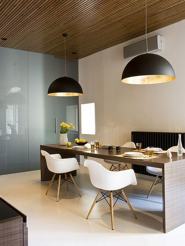 Store pendellamper i spisesalen interiør