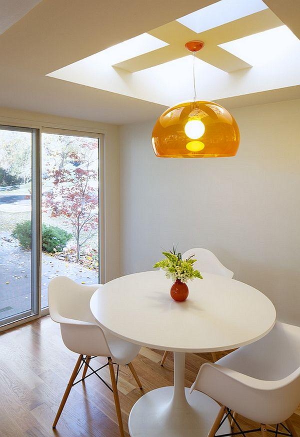 Gjennomsiktig lampe i interiøret