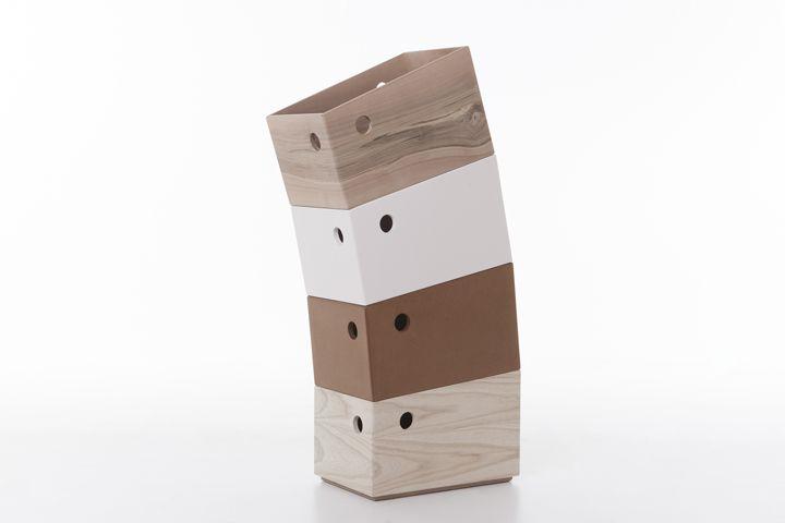 Мебелен комплект