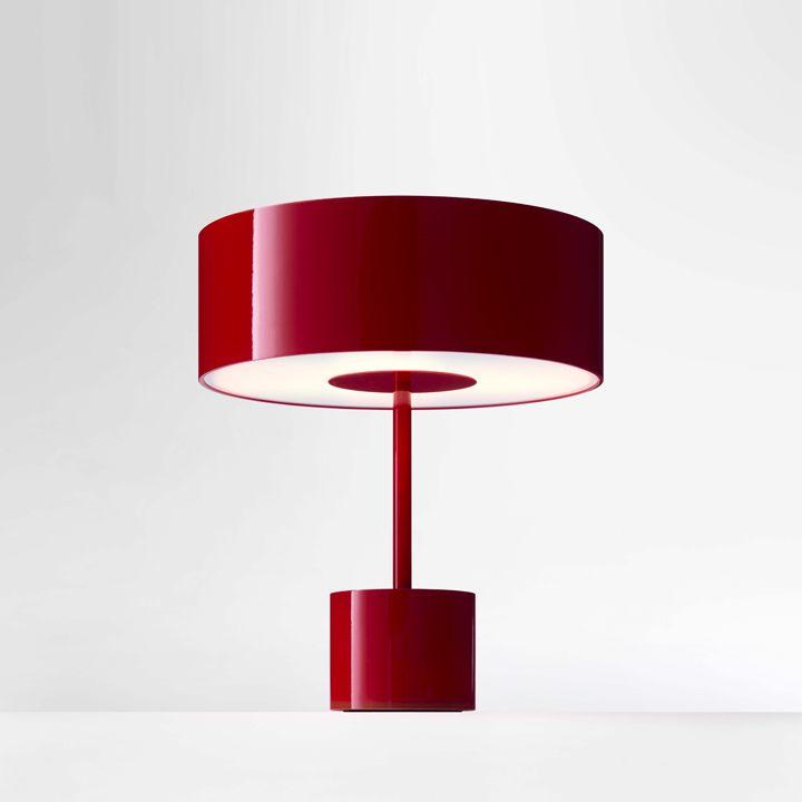 Круглая настольная лампа Black Tie в красном цвете