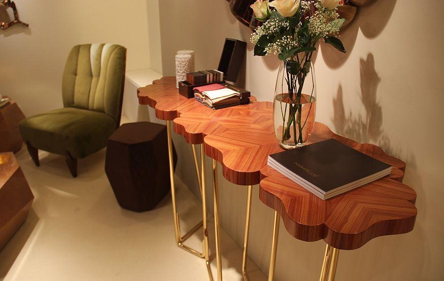 Красивый фигурный стол
