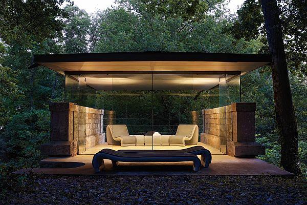 Moderne solseng i hagen