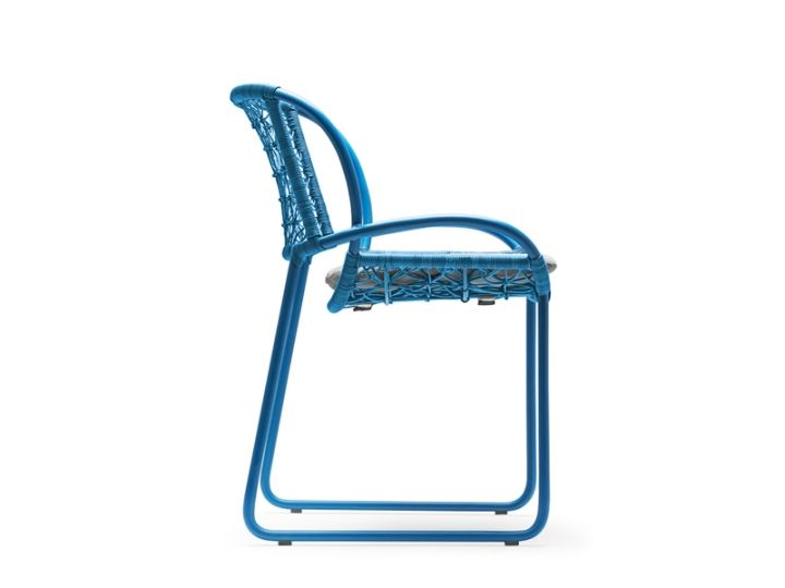 Възхитителен изглед отстрани на стола