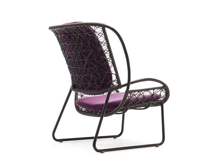 Прекрасен стол - изглед отстрани