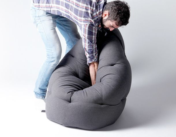 Красивое кресло-матрас