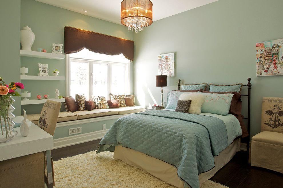Подвесная люстра в интерьере спальни