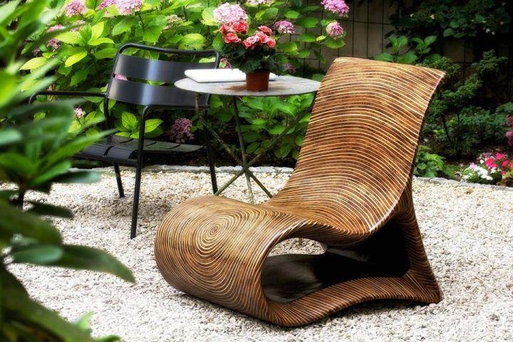 Vakker lenestol for en terrasse eller hage