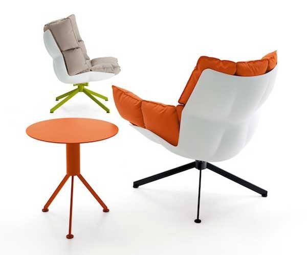 Прекрасные кресла и столик