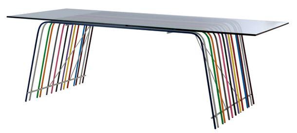 Утонченный столик в коллекционной серии Roche Bobois
