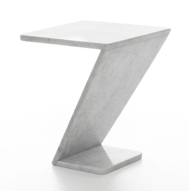Необычная модель мебельного гарнитура Tiltino