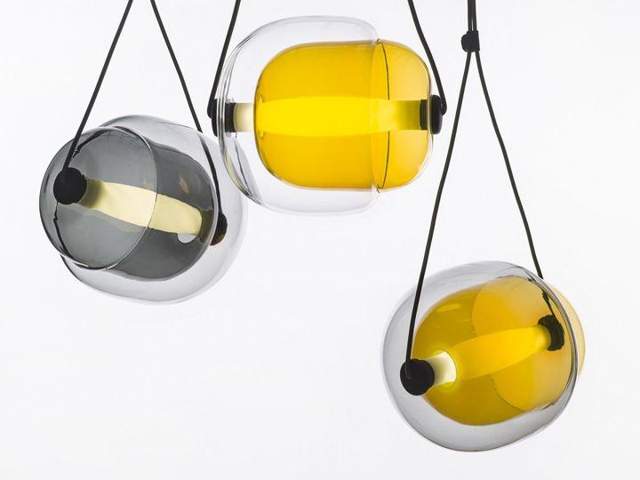 Яркие подвесной светильник Capsula от Lucie Koldova