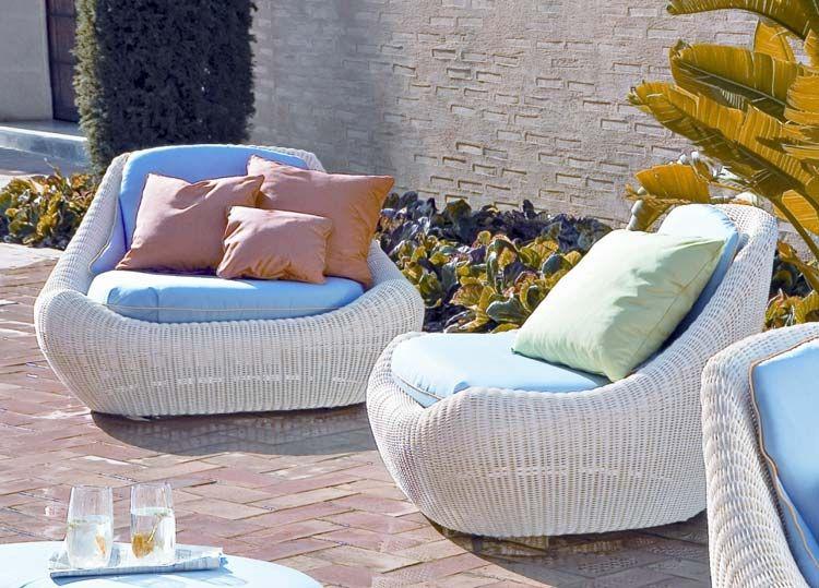 Плетени кресла