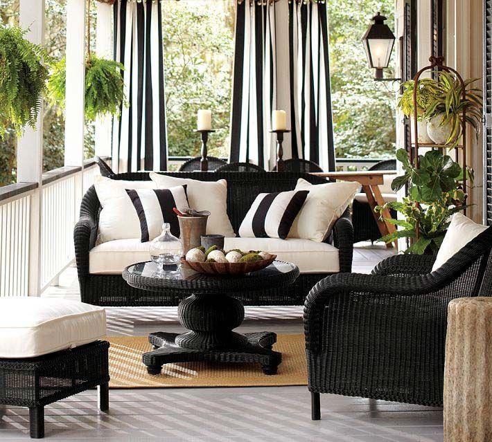 Плетени мебели в черно