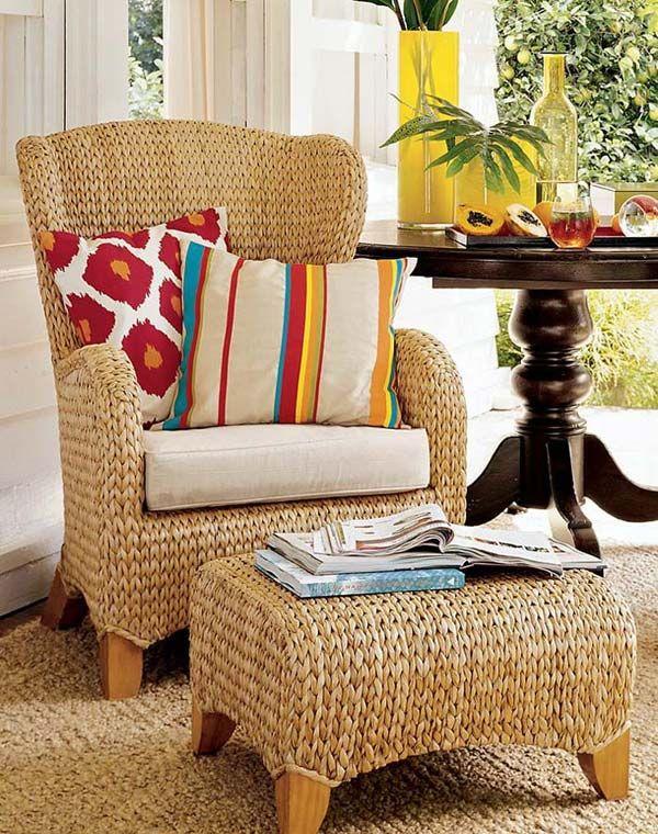 Wicker стол и маса