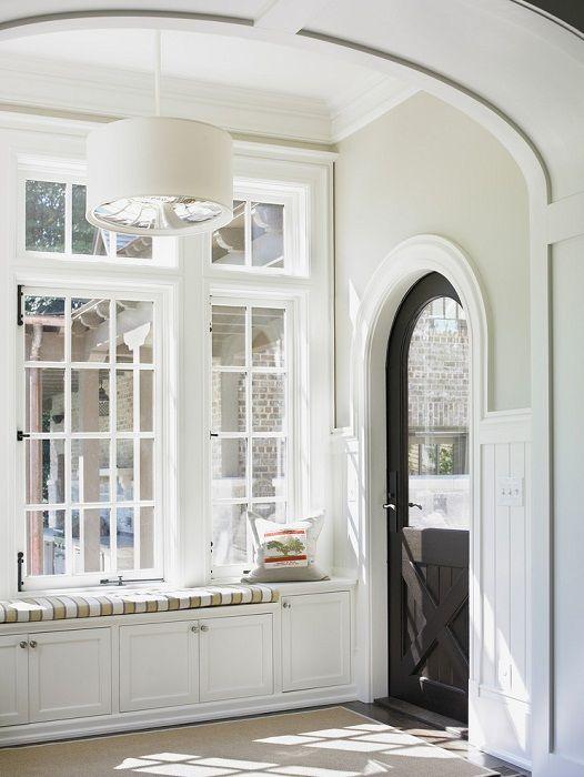 Ładne rozwiązanie do dekoracji pomieszczenia w jasnych kolorach, które stworzą wspaniały nastrój.