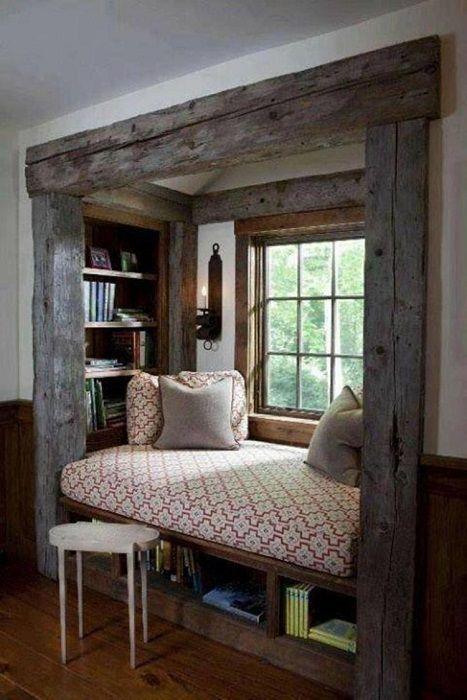 Ładne wnętrze stworzone w stylu skandynawskim, które zapewni ciepło i wygodę.
