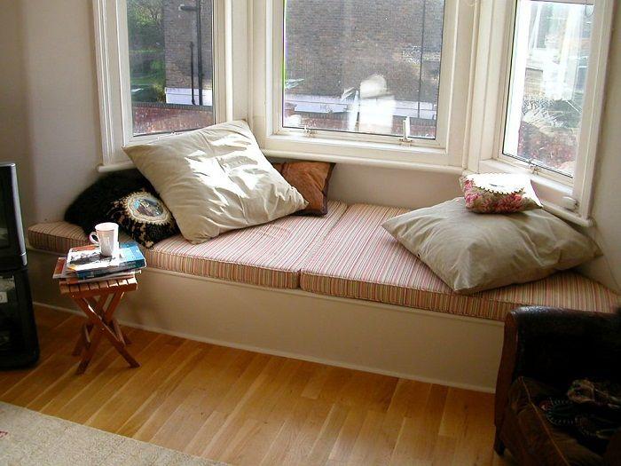 Fajne rozwiązanie do przekształcenia parapetu przy oknie, które będzie doskonałym rozwiązaniem.