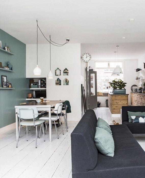 Интересен пример за декориране на апартамент чрез успешно комбиниране и комбиниране на хол и трапезария.