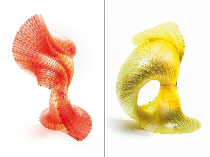 Яркие лампы с пластичными формами