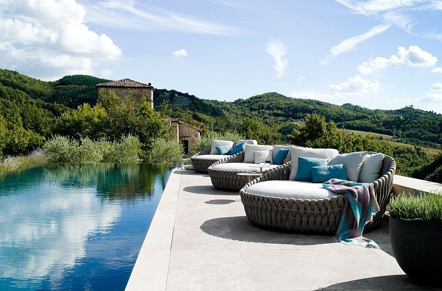 Designer sofa for bassengområdet på terrassen