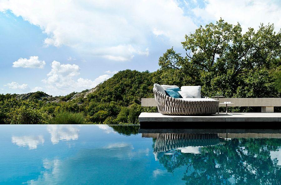 Fantastisk sofa for bassengområdet på terrassen