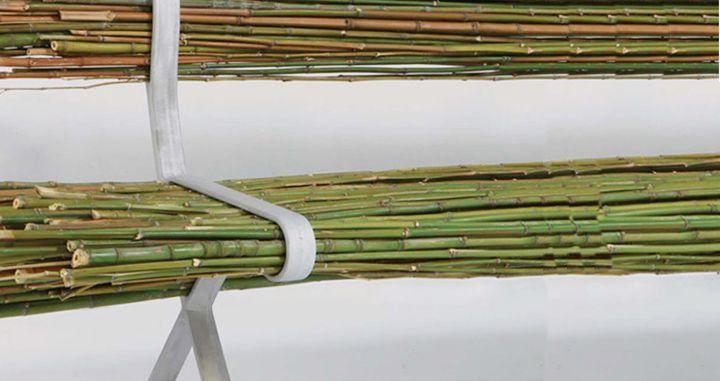 Необычное сиденье скамейки из бамбука