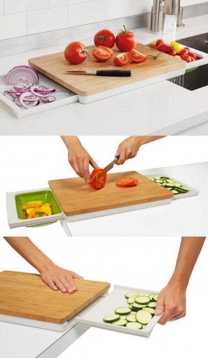 Ved hjelp av et slikt brett er det mulig å skylle grønnsaker, kutte og overføre.