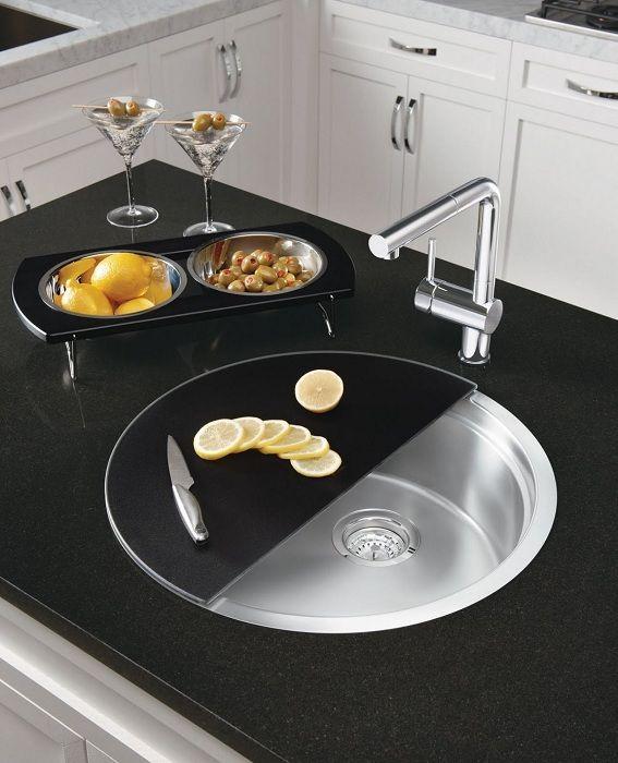 Et flott alternativ å kombinere en vask og en klippelist, noe som garantert vil spare plass på kjøkkenet.